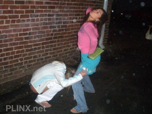 Funny Amateurs Girl Peeing - Pissing In Public 05